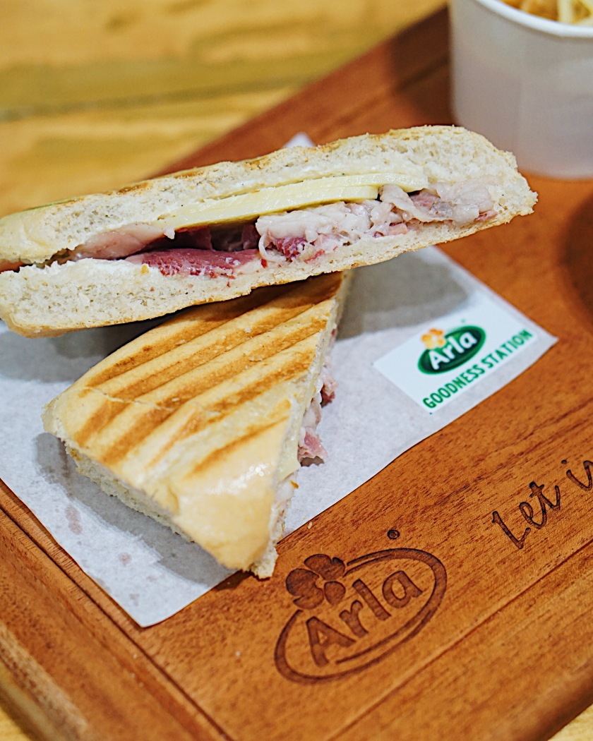Homemade Premium Corned Beef Sandwich with Arla Emmental Cheese