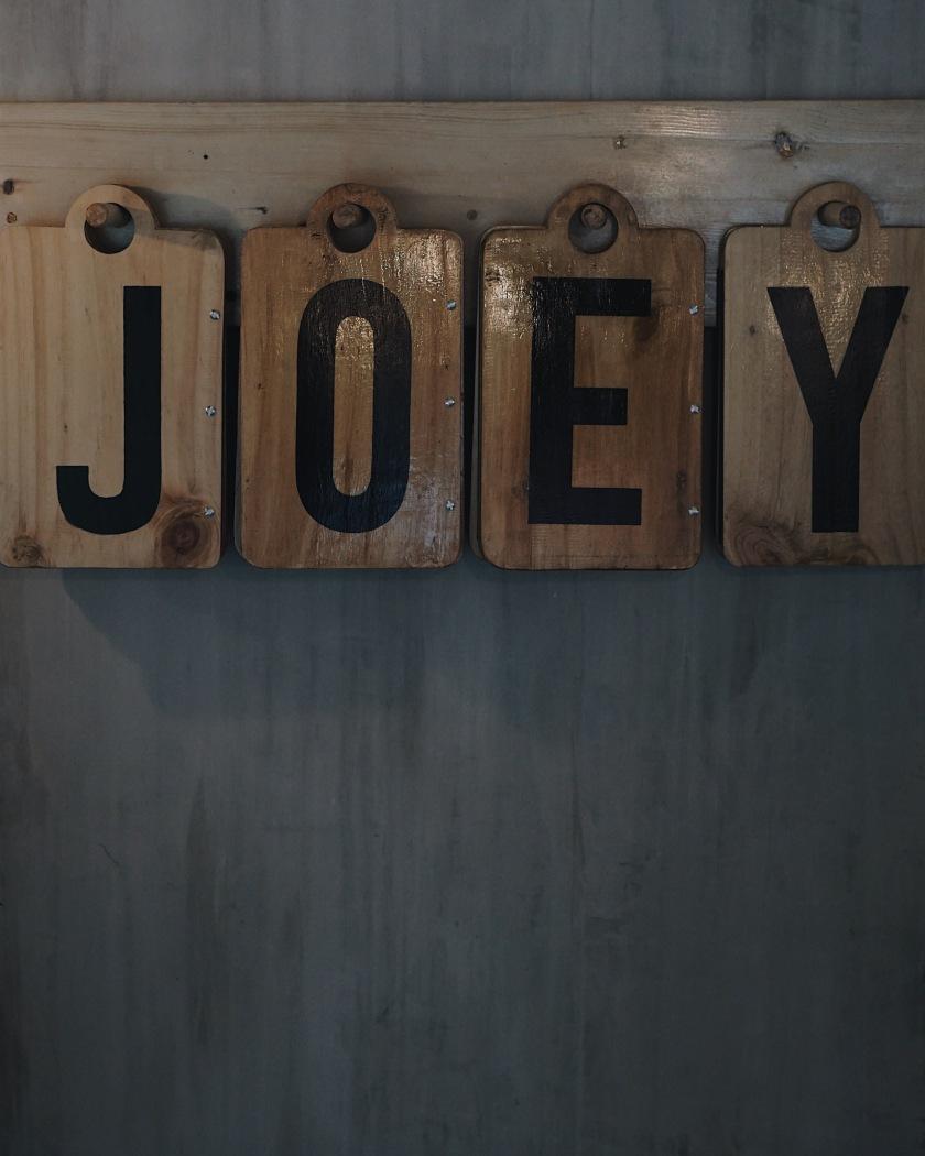 Joey Pepperoni Pizzeria - Pioneer, Mandaluyong