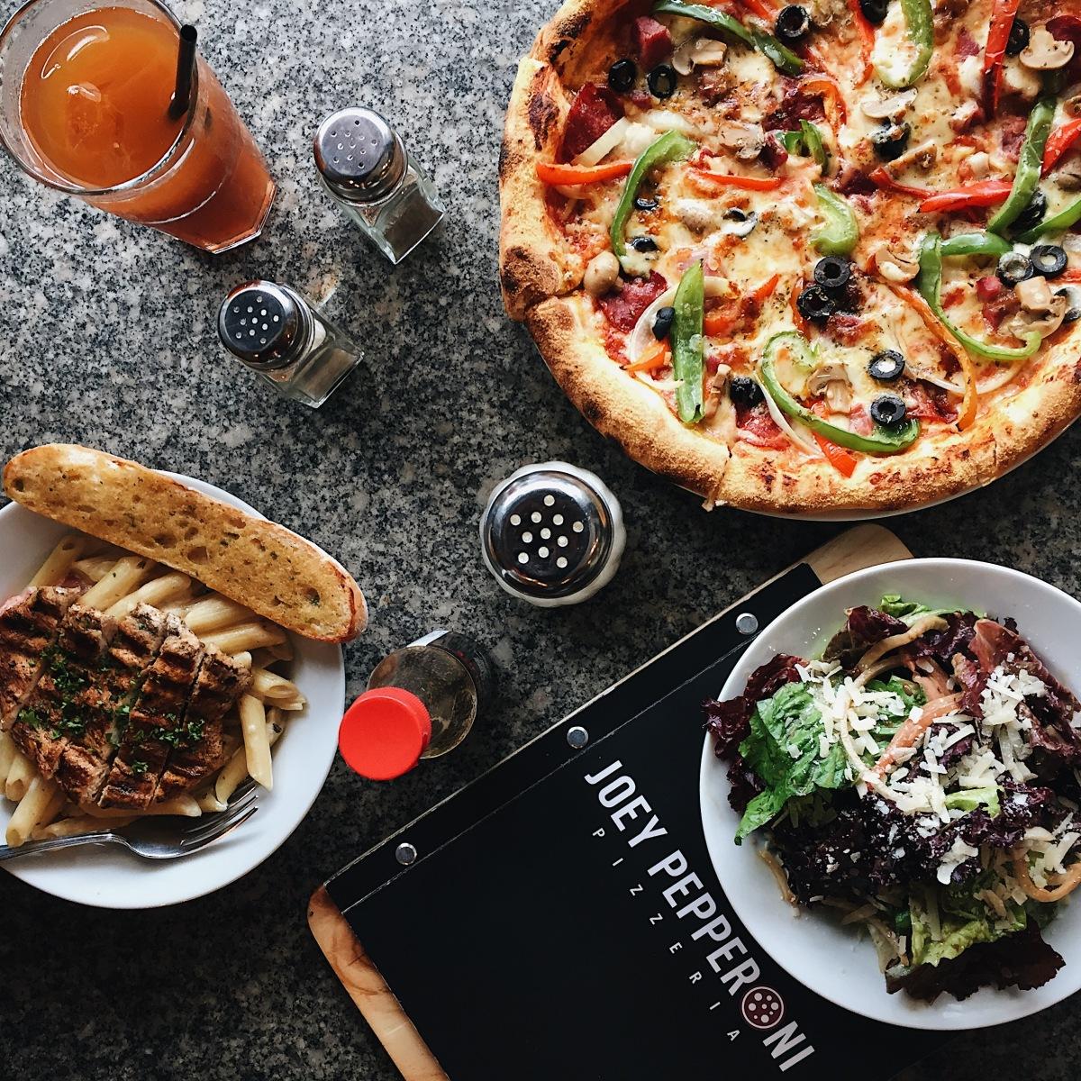Joey Pepperoni Pizzeria – Pioneer,Mandaluyong