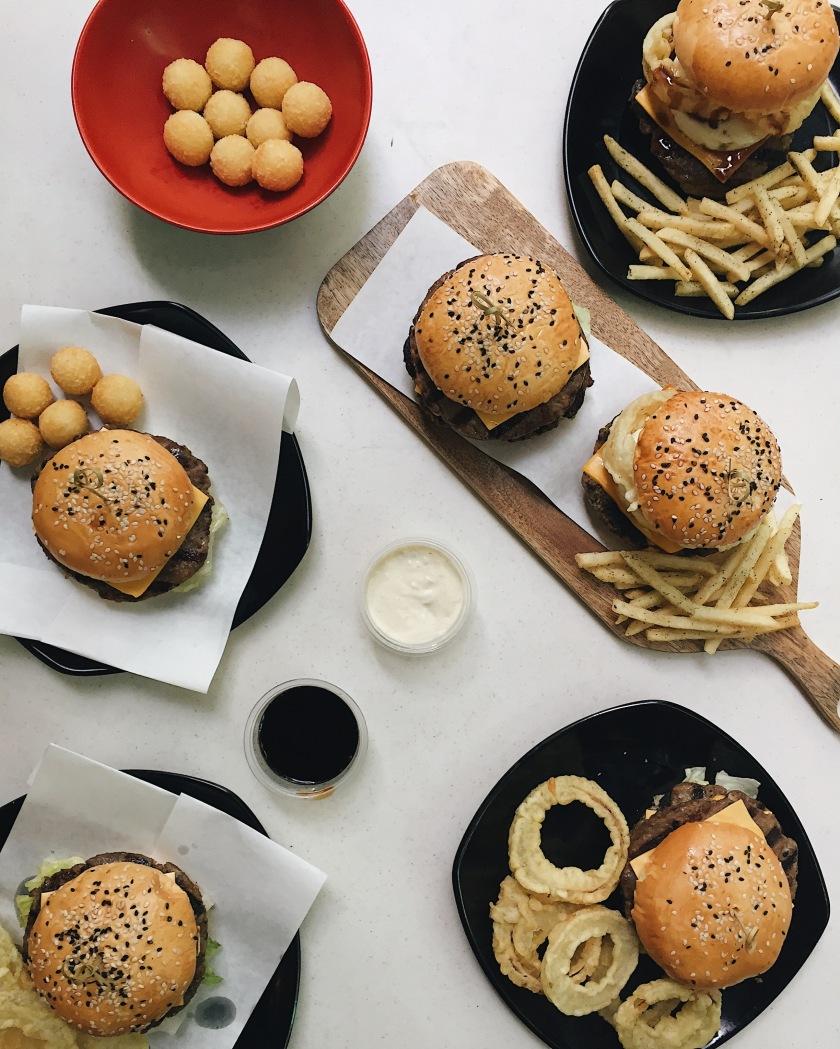 new-tokyo-tokyo-wagyu-burgers