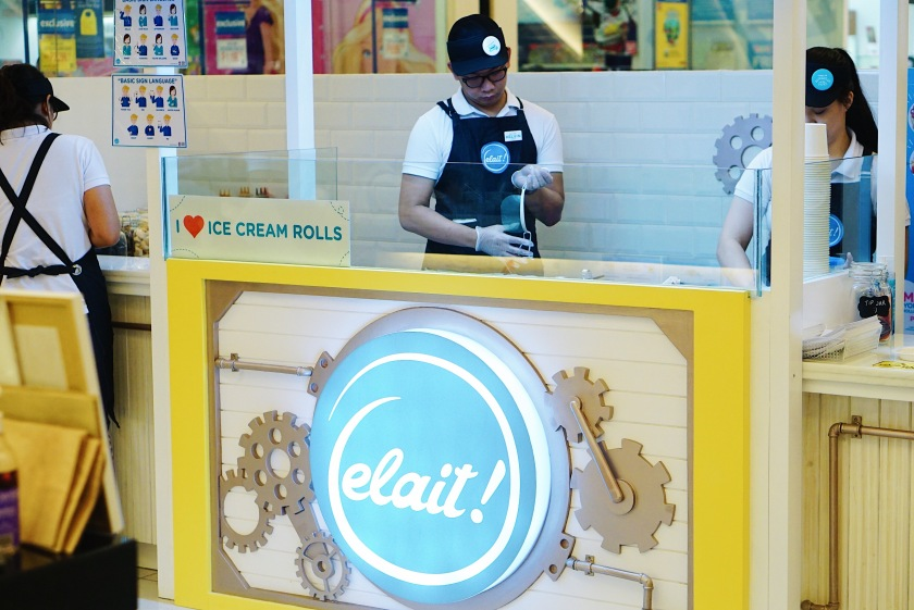 elait-rolled-ice-cream-and-yogurt-century-city-mall