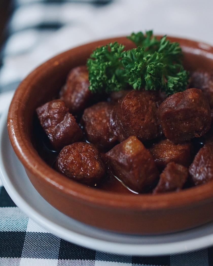 spanish-cuisine-at-la-tienda-makati