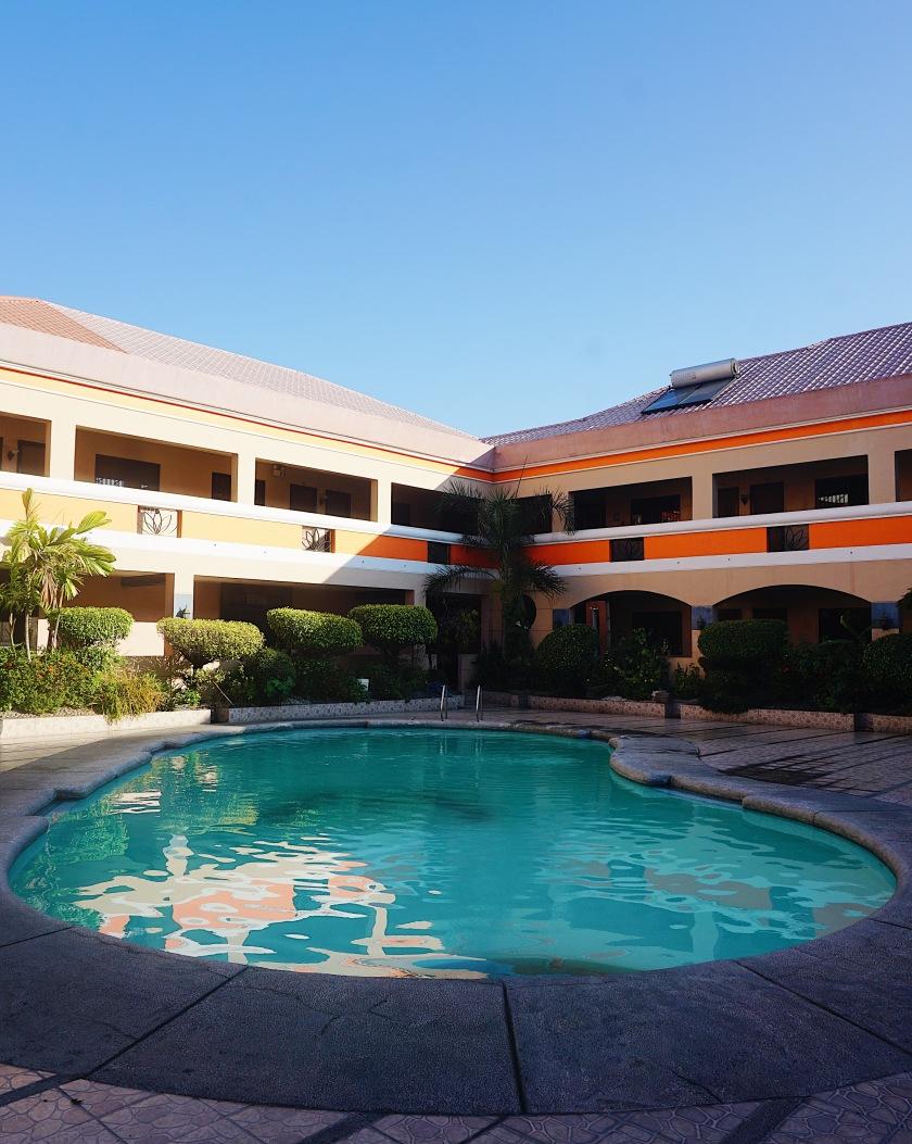 explore-la-maja-rica-hotel-tarlac-city