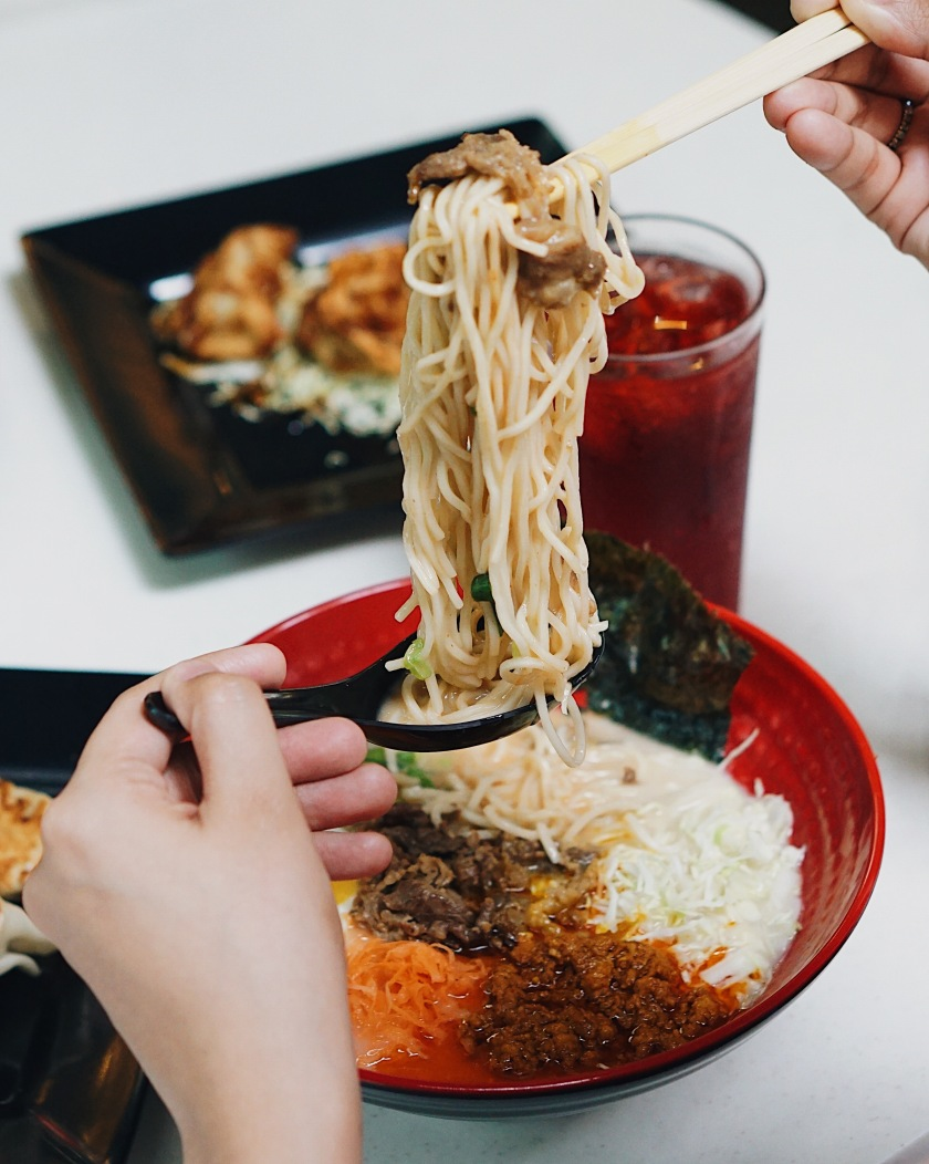 new-sriracha-beef-ramen-tokyo-tokyo