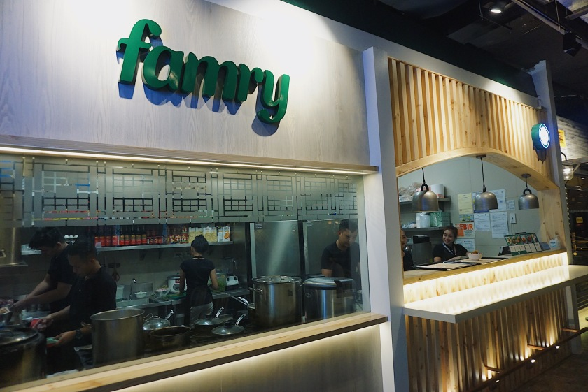hole-in-the-wall-famry-taiwanese-street-food