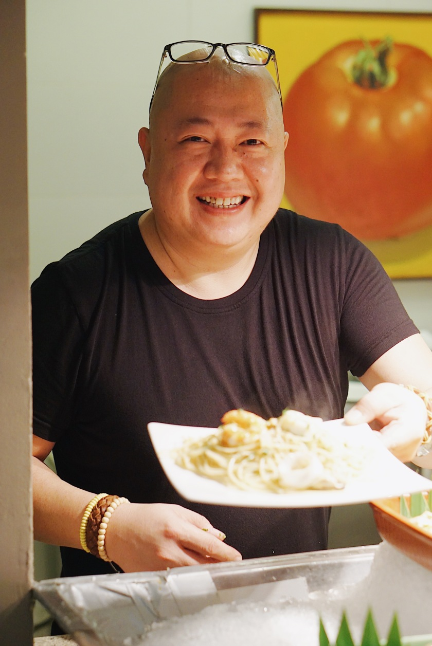 holiday-inn-makati-den-lim-takes-on-the-city-at-flavors-restaurant