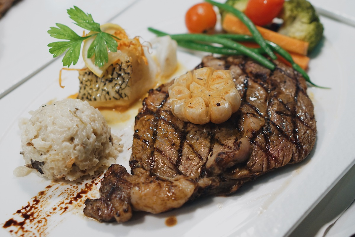 steak-dinner-at-cowrie-grill-by-the-manila-hotel-greenhills-san-juan