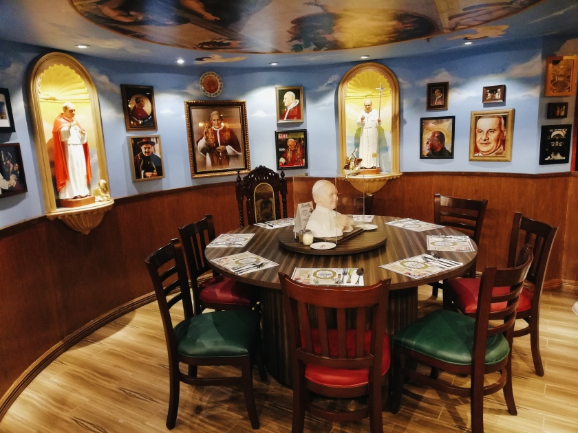 bgc-eats-italian-comfort-food-at-buca-di-beppo