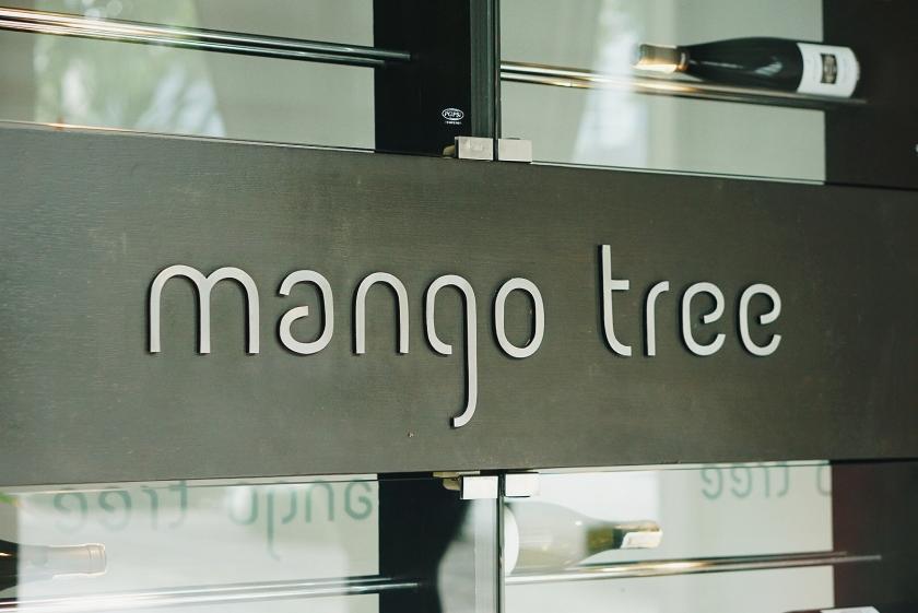 holiday-season-eats-at-mango-tree-bgc