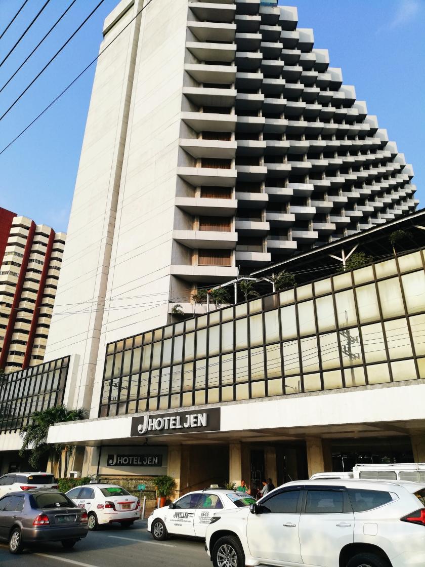 eatstaycation-long-weekend-at-hotel-jen-manil
