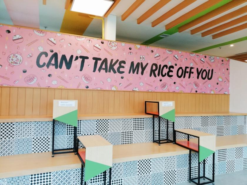 the-corner-market-food-hall-the-podium