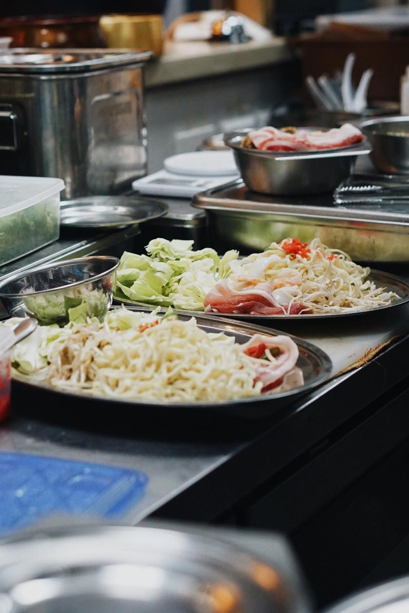 the-podium-lunch-sets-at-chibo-okonomiyaki