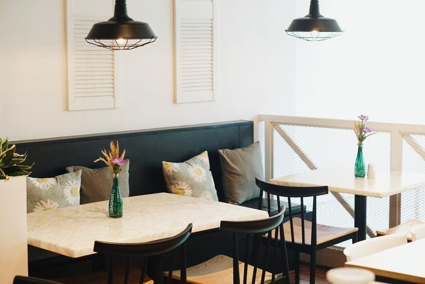 makati-eats-mediterranean-cuisine-at-extra-virgin-milano-residences