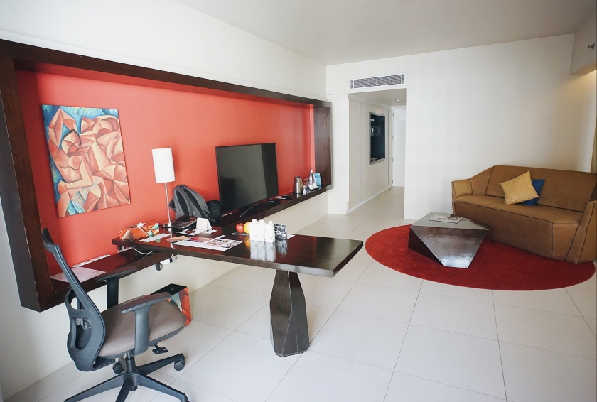 eatstaycation-at-the-picasso-boutique-serviced-residences
