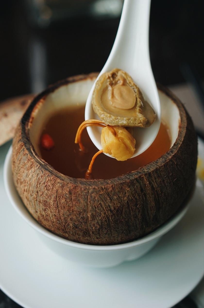 chinese-feast-at-man-ho-in-manila-marriott-hotel