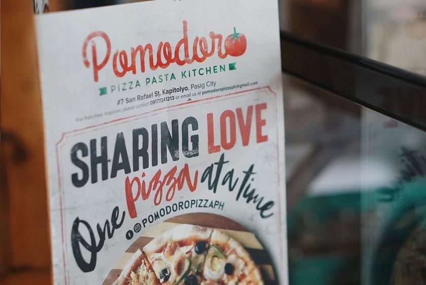 pomodoro-pizza-pasta-kitchen-kapitolyo-pasig-city