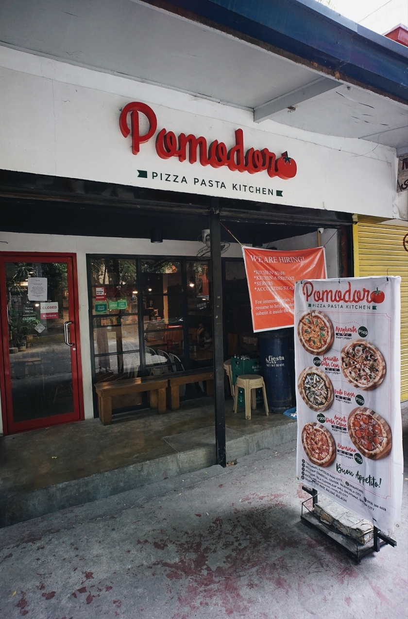 pomodoro-pizza-pasta-kitchen-kapitolyo-pasig-city