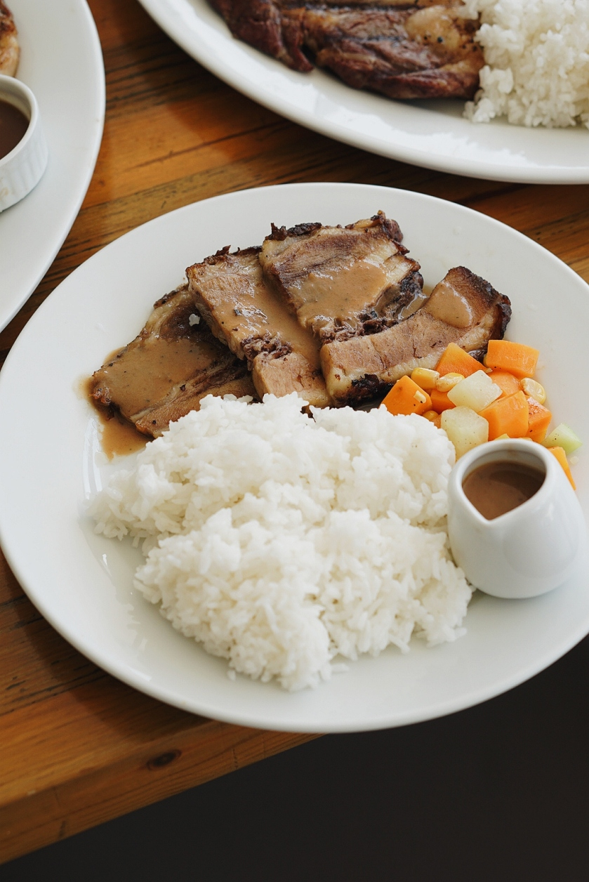 meat-plus-cafe-sm-mall-of-asia