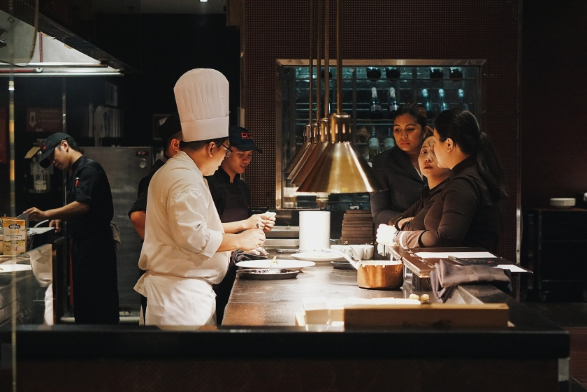 upside-down-dinner-at-the-manila-marriott-hotel