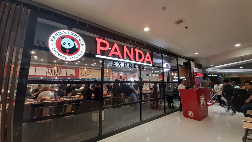 first-taste-of-panda-express-philippines