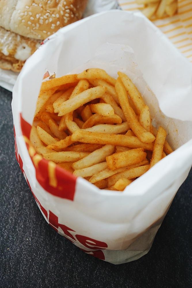 new-mcdo-spicy-chicken-burger-spicy-shake-shake-fries